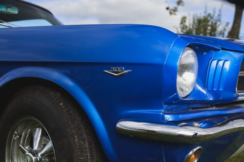 1965-blue-mustang-coupe-front quarter