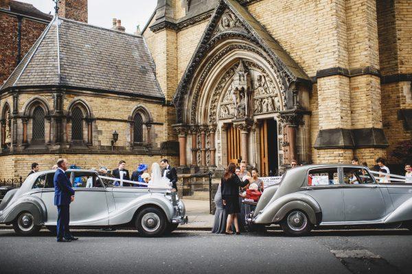 1948 Bentley MkVI and 1949 Bentley Mulliner